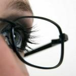 Очки с пластиковыми и стеклянными линзами