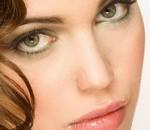 Если у вас каре-зеленые глаза, какой цвет волос подойдет?
