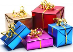 как правильно выбирать подарок мужчине и женщине, фото