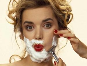 Девушке не следует брить волосы на лице